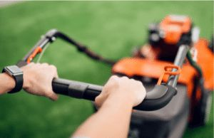 Cordless lawn mower for small lawns